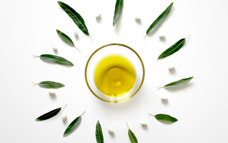 Olive oil has many health benefits and uses.