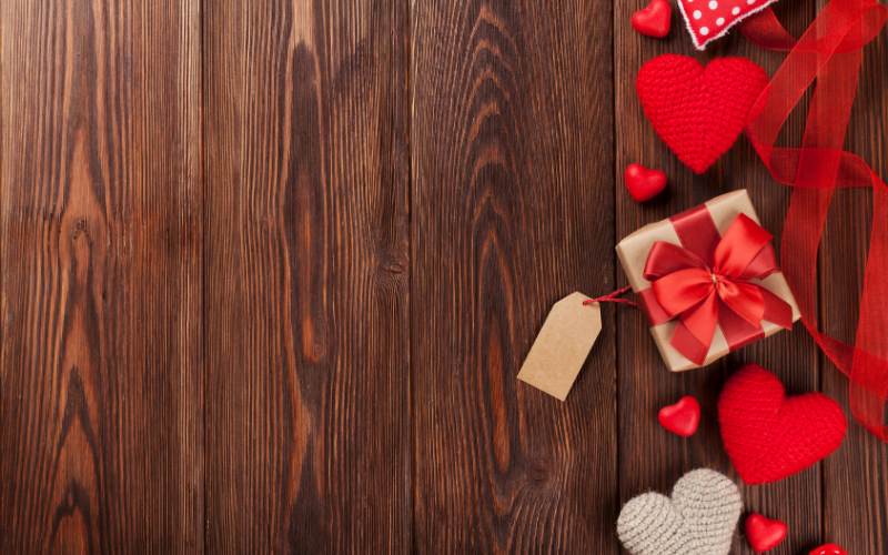 Valentine's Day gifts under $20 to help you save money